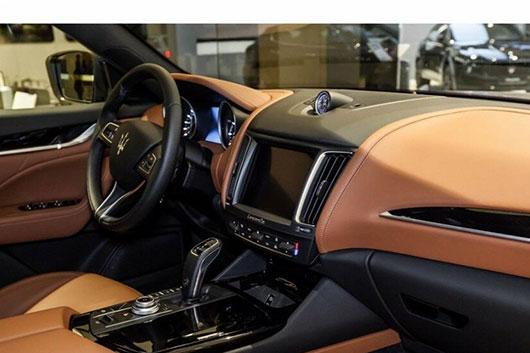 Сделать ключ для автомобиля Maserati с чипом